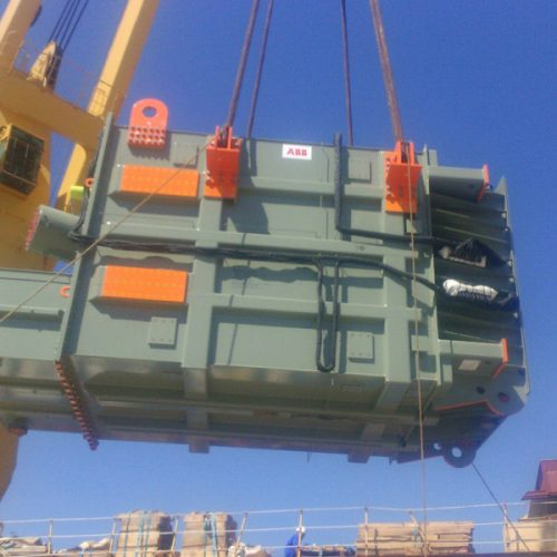 Loading of a Transformers of 147 MT at Seville port.