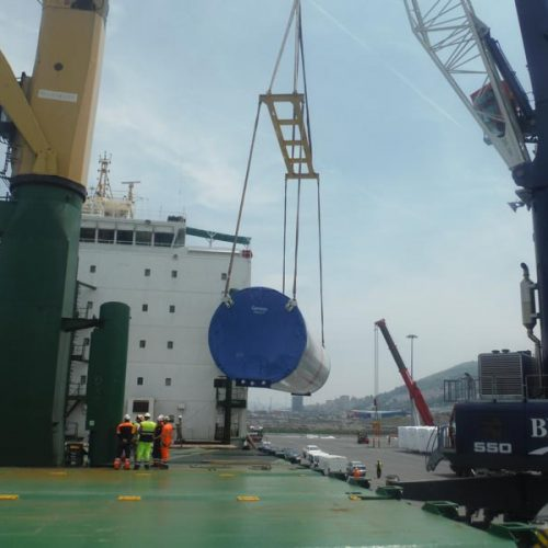 Loading tower sections by Gamesa